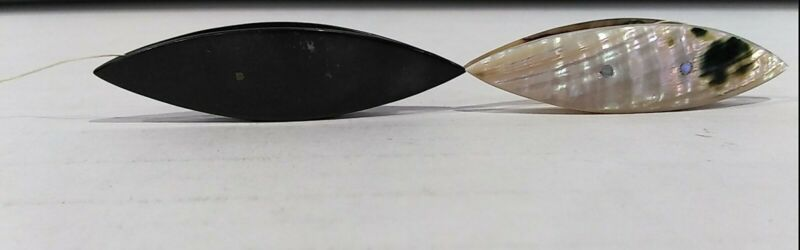 2 Antique ABALONE Mother of Pearl & Plain Black TATTING SHUTTLES Sewing