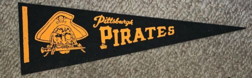 VINTAGE PITTSBURGH, PIRATES FELT FLAG BANNER, PENNANT