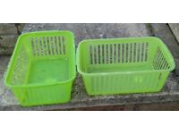 2 x Plastic Baskets