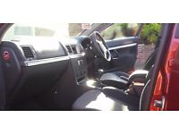 Red 2008 Vauxhall Vectra Exclusiv Cdti 120 estate