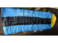 A sleeping bag 220cm x 75cm