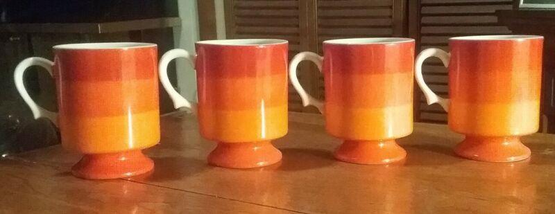 EXCELLENT SET 4 HOLT HOWARD JAPAN ORANGE STRIPES 1966 PEDESTAL COFFEE CUPS MUGS