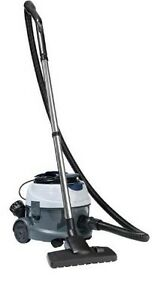NILFISK VP100 COMMERCIAL VACUUM CLEANER - 10l capacity, 1000w, BRAND NEW IN BOX