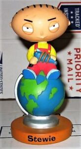 """2005 FUNKO FAMILY GUY """"STEWIE:ON TOP OF THE WORLD"""" BOBBLEHEAD"""