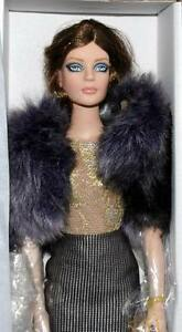 So-Sleek-Sydney-Chase-16-doll-Tonner-BW-2011-Ltd-300-NRFB