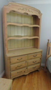 Charming Youth Bedroom suite - natural pine - 9 pieces & bed