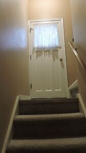 2(basement) bedroom are available in good maintained detach hous Kitchener / Waterloo Kitchener Area image 5