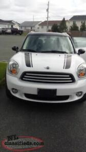 Reduced to Sell...2012 Mini Cooper COUNTRYMAN !