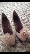 Ladies Nude Shoes Size 5
