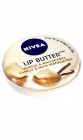 Nivea Lip Butter Vanilla and Macadamia, 19 ml