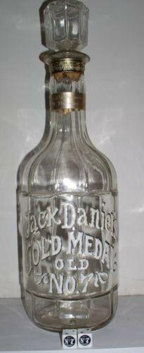jack daniels gold medal bottle ebay. Black Bedroom Furniture Sets. Home Design Ideas