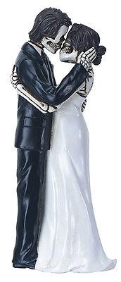 Halloween Wedding Cake Topper (Gothic Dead Couple Skeleton Halloween Wedding Cake Topper Figurine Kissing)