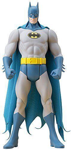 DC Comics Batman Classic Costume Artfx+ Statue By Kotobukiya