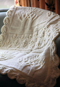 Aran-Twin-Trees-Pattern-Baby-Blanket-with-Leafy-Edge-Knitting-Pattern