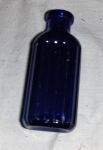03b85beb7e3e Old Glass Bottles