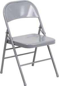 Using Folding Chairs In The Living Room