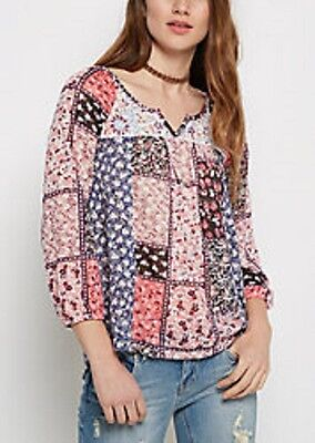 Rue21 New With Tags  Blue Pink Patchwork Floral Crochet Lace Back Size Small