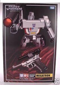 Takara Tomy Transformers Masterpiece MP-05 Megatron Decepticons Commander G1