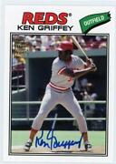 Topps Fan Favorites Autograph