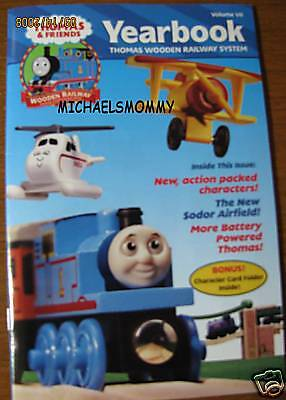 THOMAS the TANK & FRIENDS - YEARBOOK 2001, VOLUME VII  **NEW**