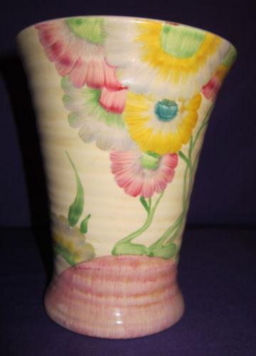 Clarice Cliff Vase Ebay