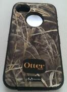 iPhone 4 Otterbox Defender