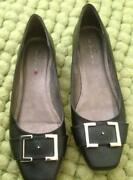 Ladies Flat Shoes Size 6