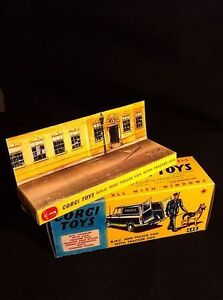 Corgi 448 BMC Mini Police Van Empty Repro Box