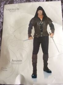 NEW, UNWORN, ASSASSIN STYLE FANCY DRESS COSTUME FOR MALE ONE SIZE FITS MOST