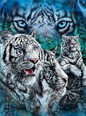 *OPEN ITEM* Find White Tigers Tiger fleece blanket  throw NEW MAKE OFFER