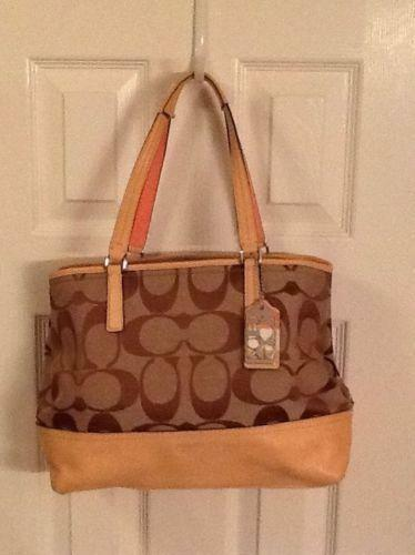 279aca28743d Used Coach Purses