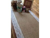 7 hessian and lace table runner