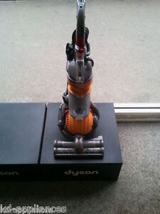 DYSON DC24 MULTIFLOOR THE BALL BAGLESS UPRIGHT CYCLONIC VACUUM CLEANER