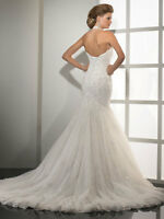 Brand new wedding dress for sale- open to negotiate the price