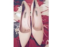 used and used again pick color hing - heels