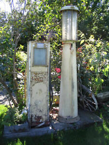 looking for any old gas pumps