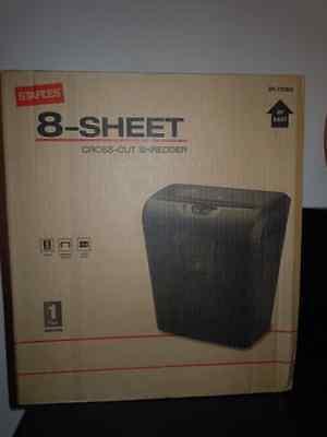 New In Box Staples 8-sheet Cross-cut Papercredit Card Shredder Spl-txc82a
