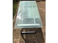 EXECUTIVE GLASS DESK IN VERY GOOD CONDITION ....FREE LOCAL DELIVERY