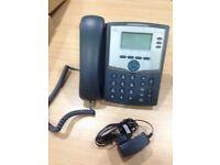 Telephones, 5 (FIVE) IP phones