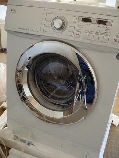 LG 7/4kg inverter direct drive 1400rpm washer dryer combo