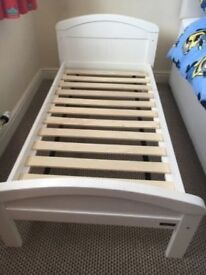 East Coast Toddler Bed - 1 year old - excellent condition