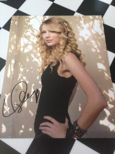 Taylor Swift Autograph | eBay