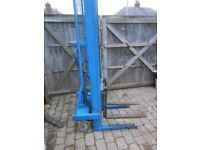 Hand Pumped Pallet truck (500 kg lift capacity).