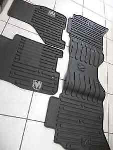 WANTED : MOPAR WINTER MAT SET FOR 2016 DODGE RAM CREWCAB