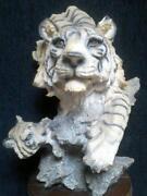 Tiger Statue