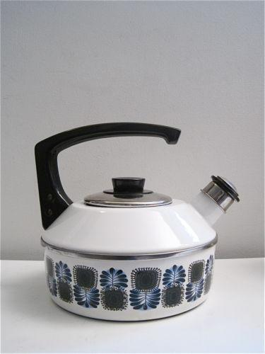 retro tea kettle vintage enamel tea kettle ebay 1949