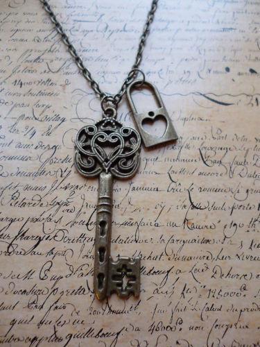 jewelry vintage alice in wonderland jpg 422x640