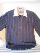 Robert Graham Mens Medium Shirt