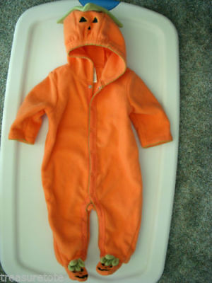 Infant Size 6-9 Months  * OLD NAVY *   Plush Pumpkin  Bodysuit Costume NEW - 9 Month Old Costumes