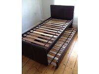 Single bed with pull out bed/ Guest bed